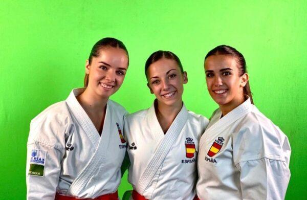 Marta, Lidia y Raquel, las integrantes del oro por equipos.